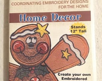 """Anita Goodesign  """"Gingerbread Man Dangler""""  Embroidery Designs CD"""