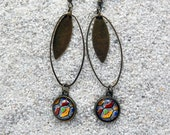 """Long drop earrings , charm and round cabochon, old brass metal -Model  """"Sylvie""""- Black wax print"""