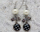 """Long drops earrings, round cab and knot, pearly beads - Black  and white stars design - Model  """" Adèle"""""""