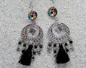 "Sleeper earrings, long boho chic, tassel and clover metal - black power flower drawing - model ""Amber"""