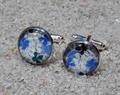 "Cufflinks, design ""Blue small Hortensia"", base silvery metal - model ""Hugo"""