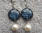 """Long hanging sleepers earrings , round cabochons and pearly beads- Design tweed black and white - Model """"Caroline"""""""