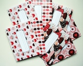 "Printed invitations-cards, pre-folded and prefilled with sticker -Design "" Cupcakes corail"" - set of 8 invitations"