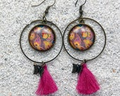 """Long creole earrings, hoops, round cabochon, charm and pompom- Model """"Zina""""- Design purple paisley"""