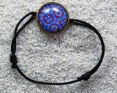 """Bracelet """"Geraldine"""" , cabochon and adjustable link, Blue wax design"""