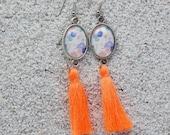 Long drop earrings, oval ...
