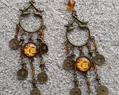 """Earrings sleepers, Dove, cabochon and charms, boho - design Africa wax - yellow chandelier model """"Colomba"""""""