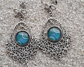 """Long, hanging stud earrings, arabesque """"chandelier"""", round cabochon - Aboriginal turquoise dots design - Model """"Maria"""""""
