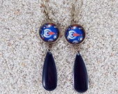 """Long hanging sleepers earrings, fishes and bubbles design, round cabochon et enamelled drop- model """"Flavia"""""""