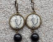 "Round sleepers earrings -Design ""Python skin, beige and black"", Model ""Caroline"""