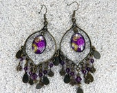 """Long hanging earrings, boho chic cabochon and tassels - design """"Africa wax purple dots and cowry"""" - Model """"Rachel"""""""