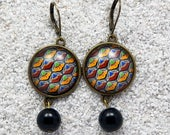 """Sleepers, long hanging earrings, black wax design, rounds cabochon and black glass pearls - model """"Caroline"""""""
