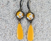 """Long hanging sleepers earrings, round cabochon and enamelled drop,  model """"Flavia"""" - Yellow daisy flowers design"""