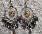 Long drop earrings, boho chic style, cabochon and charms - Black Africa wax design