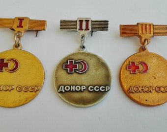 Medal blood donor, pin Red Crescent, badge Red Cross, Soviet medal, Soviet pins, badge Red Crescent,