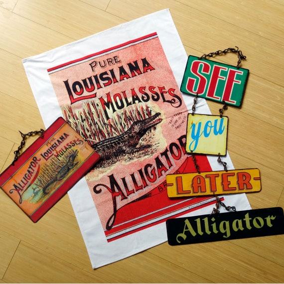 VINTAGE ALLIGATOR 100 % Cotton Kitchen Towel Original 1890's Label Reproduction