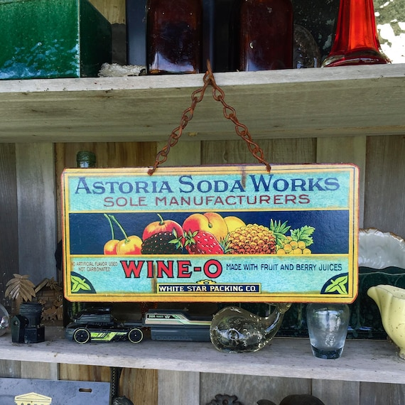 "PACIFIC NW Metal Sign ""Wine-O Soda"" Vintage Food Label Reproduction Wall Decor. PASTin®"