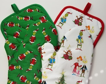 how the grinch stole christmaswhoville oven mitt and pot holderpick a set