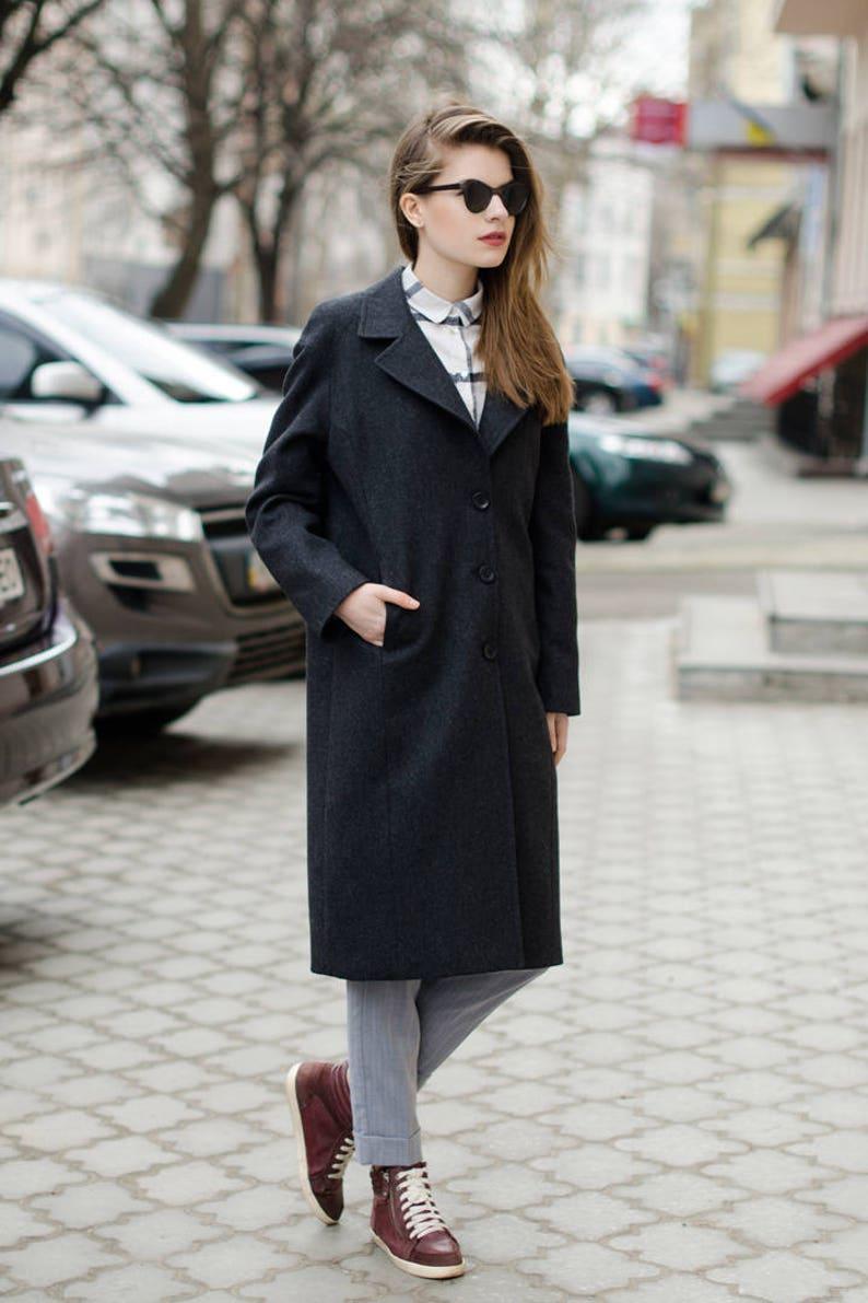 Loose fit gray coat / short spring coat / woman wool coat image 0