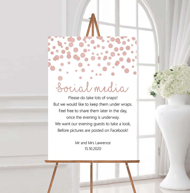 No Social media wedding table sign Phone & camera notice No image 0