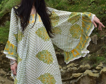 Vintage 70s indian dress gauze cotton with wonderful angel sleeves