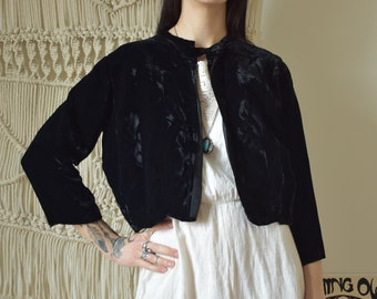 Vintage 60s little cropped black velvet jacket
