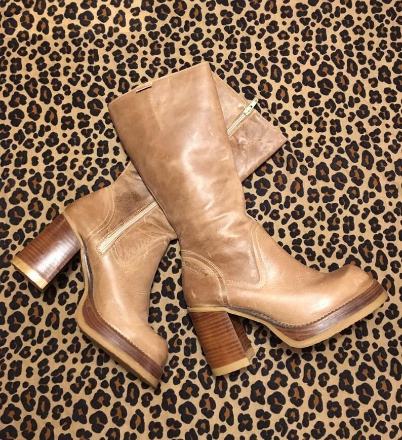 ea09cf98fde Vintage 90s chunky heels boots    Beige platform boots    90s