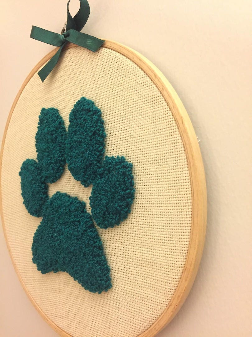 Punch needle art, dog paw, Punch needle Embroidery, wall decor, Wall ...
