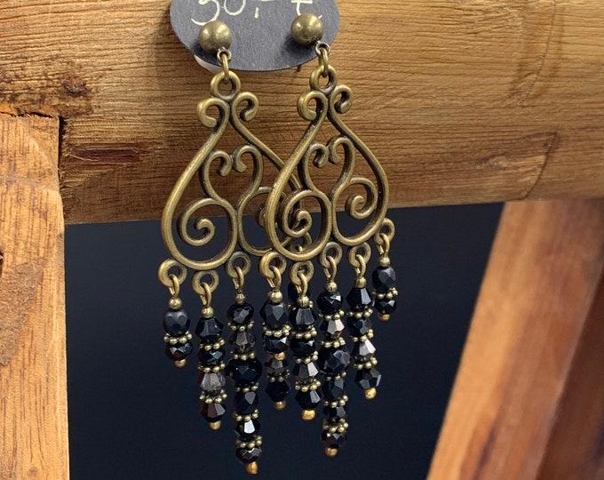 Handmade beaded earrings made of glass beads.
