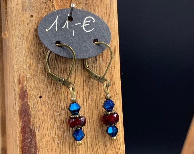 Handmade earrings made of glass beads. lead and nickel free.