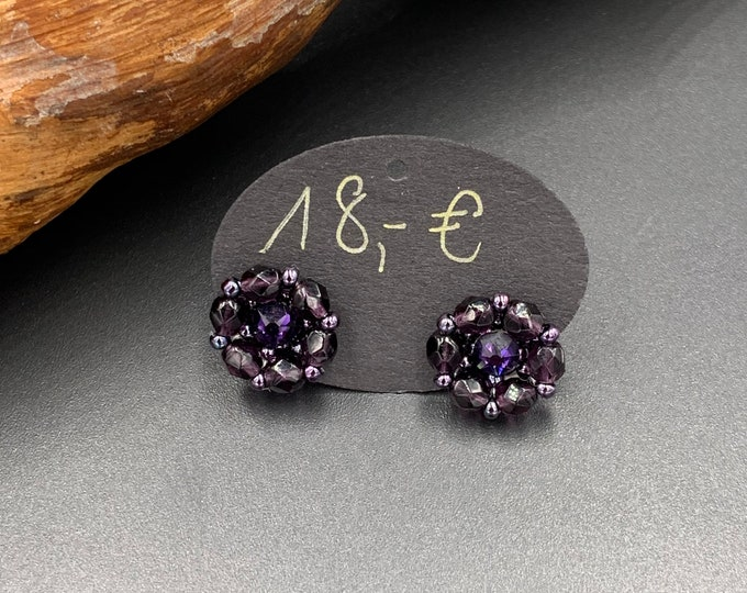 Hand-beaded 2 in 1 stud earrings made of tohobes and Swarovski plugs