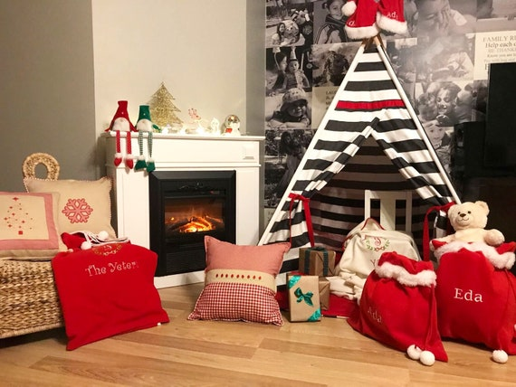 brand new 58cdb 8325c Christmas Gift For Kids, Red Teepee, Black&Red Tipi, Reading Nook, Play  Tent, Holiday Gift, Kids Room Decors, Children Play Tent, Teepee Mat