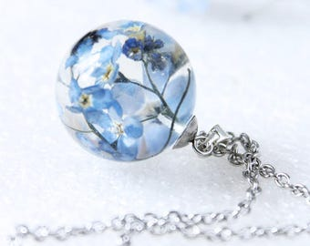 Dried flower resin globe white pendant silver jewellery supplies C508