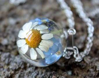 Real daisy necklace Forget me not resin necklace Sphere resin necklace Real flower necklace Nature necklace  Pressed flower jewelry