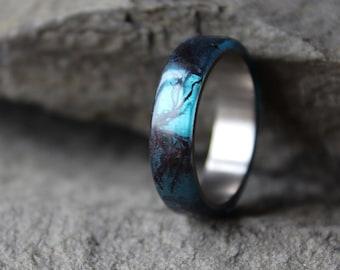 Blue titanium ring Mermaid resin ring Algae ring Unisex minimalist ring Nature ring Ocean jewelry Sterling silver / stainless steel ring