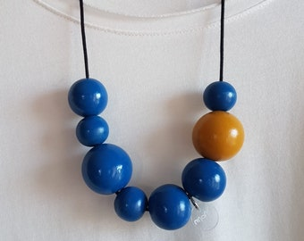 Victoria necklace with hand-painted wooden balls cobalt blue