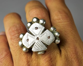Heavy solid silver ring - Fulani silver ring