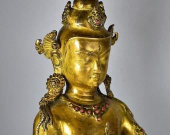 Buddha Vairochana - Gilded bronze sculpture - Tibet / Nepal