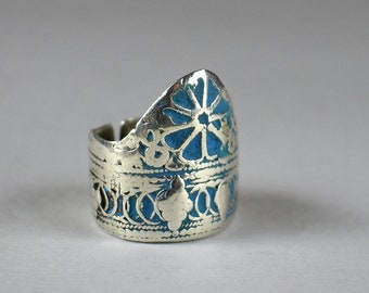 Antique high quality solid silver ring