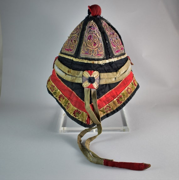Antique mandarin silk hat - Hand embroidery hat