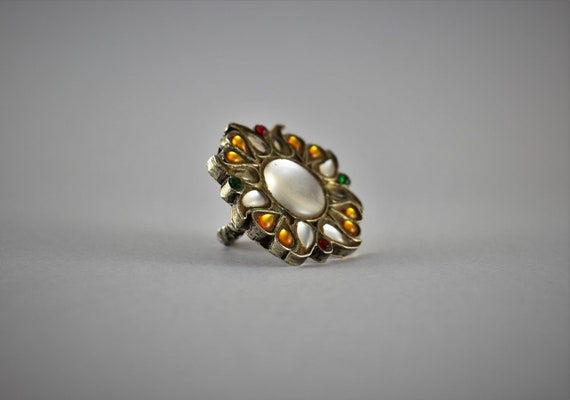 Antique Heavy indian silver ring - Floral ring - I