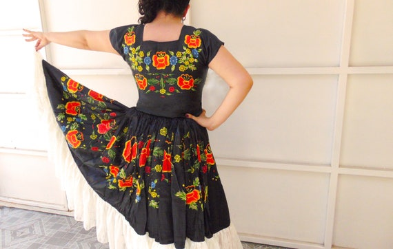 Mexican Dress, Oaxacan Dress, Mexican Embroidered