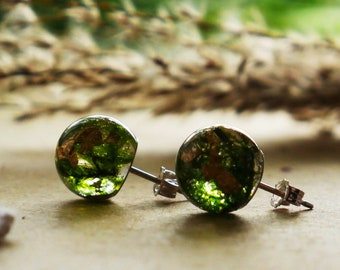 Tiny forest moss and gold stud earrings, real moss stud earrings, real moss jewelry, green earrings, green studs, Springtime gifts for her