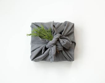 linen wrapping cloth / large linen hand towel