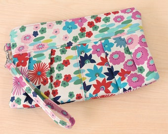 Pleated Mod Floral Clutch