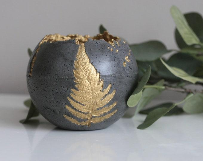 Concrete Decorative Fern Sphere