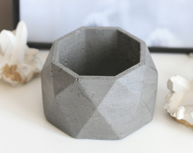 Faceted Concrete Decorative Bowl | Planter | Candleholder