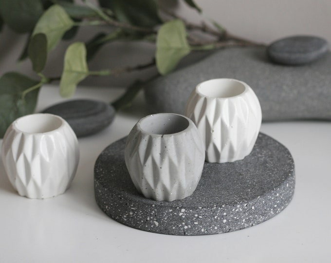 Small Concrete Textured Holder | Planter
