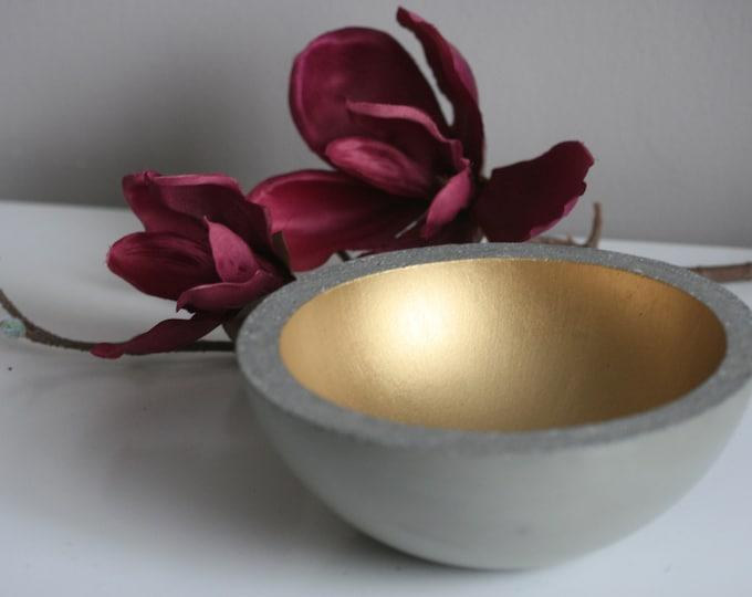 Concrete Decorative Bowl | Display