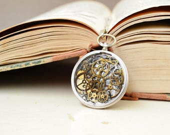 Vintage pocket watch necklace/ Steampunk/ Necklace Watch/ Neclace Vintage/ Neclace/ Vintage/ Pendant/ Steampunk gift/ Steampunk Necklace